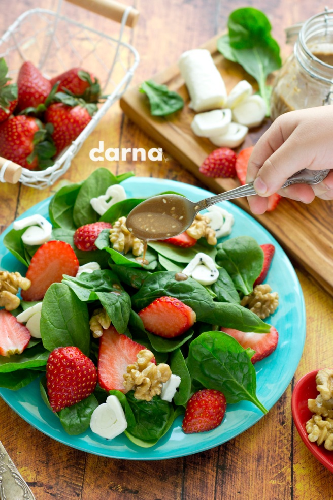 strawberry-spinach-salad-Darna-magazine.jpg